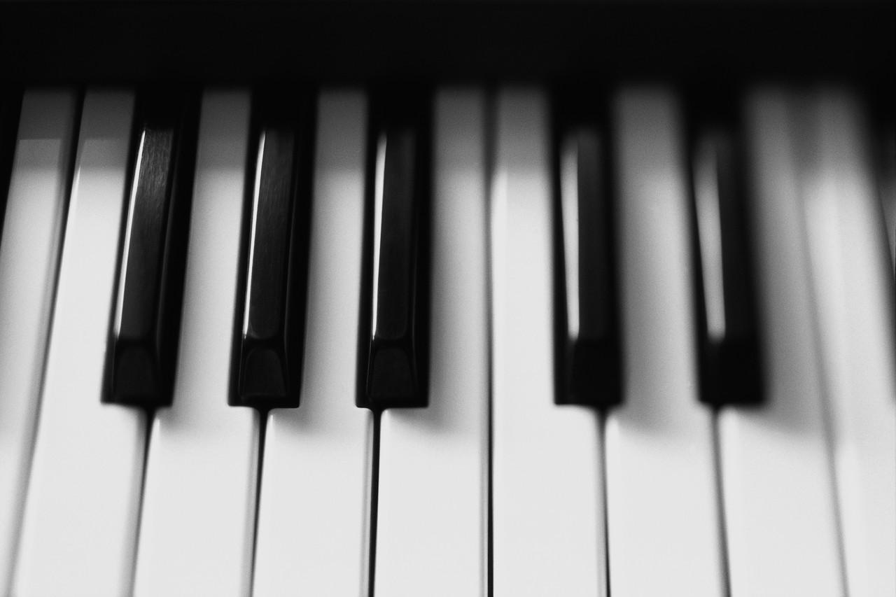 Türk Sanat Müziği Söz Yazarı - Şafak Atayman